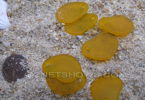 Cultured Sea Glass small freeform curved Pendants  <b>26x18mm</b> 57-Saffron Yellow    per  <b>7-pc-bag</b>