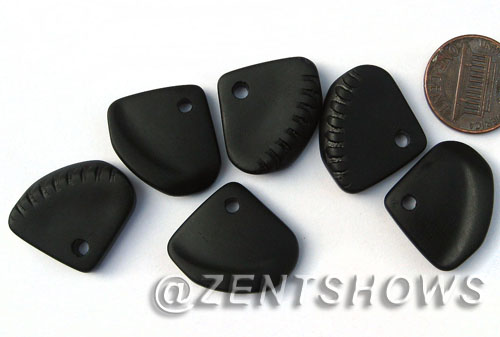 Cultured Sea Glass ridged earring triangle Pendants  <b>24x20mm</b> 02-Jet Black    per  <b>6-pc-bag</b>