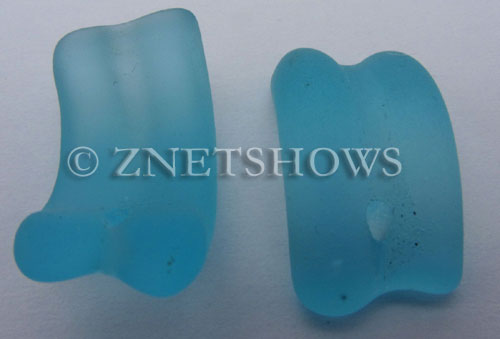 Cultured Sea Glass end-drilled bottle lip-style Pendants  <b>25x13mm</b> 28-Turquoise Bay (8-pc-str)   per  <b>8-pc-str</b>and