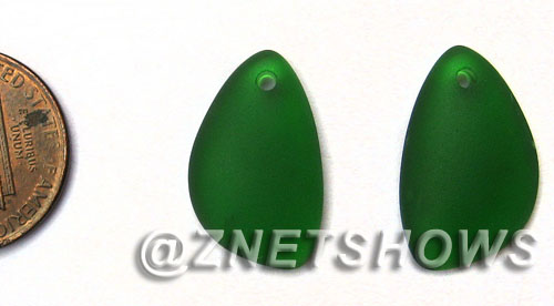 Cultured Sea Glass eclipse Pendants  <b>21x13mm</b> 25-Shamrock lovely baby size   per  <b>1-pair-bag</b>