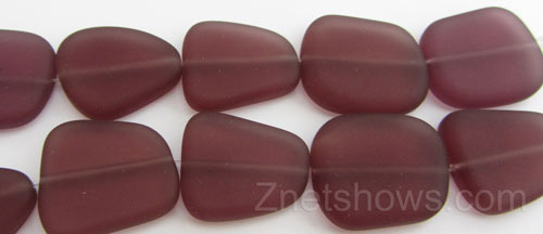 Cultured Sea Glass freeform flat Beads  <b>18-22mm</b> 37-Medium Amethyst (9-pc-str)   per  <b>8-in-str</b>