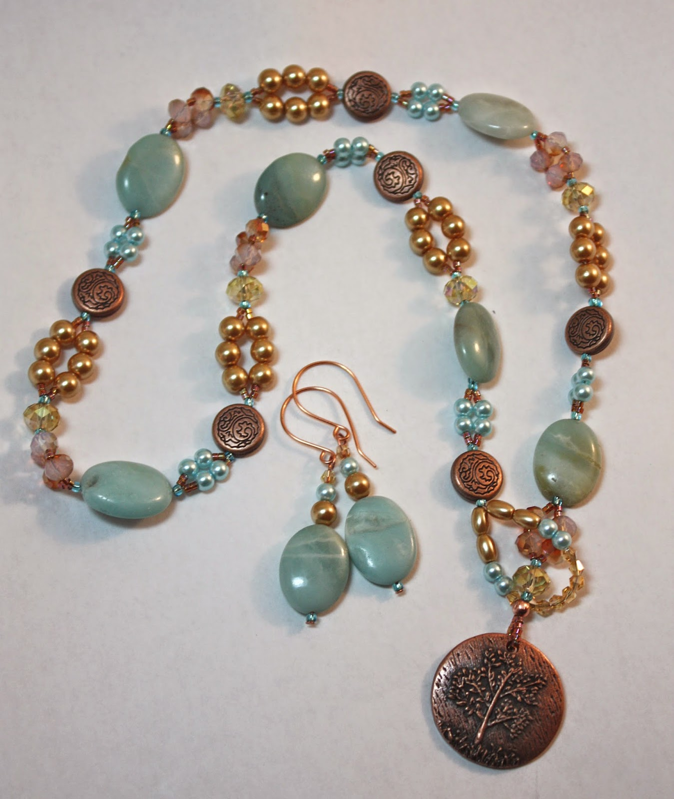 Winter 2013-2014 Lariat Necklace by Tammie Everly