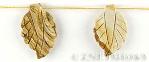 picture jasper carved leaf Pendants <b>33x20mm</b>  tip-drilled   per   <b> 8-pc-str</b>