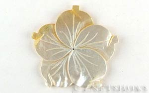 shell - golden lip  flower Pendants <b>60mm</b> carved    per   <b>Piece</b>