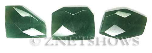 green aventurine faceted freeform Pendants <b>About 20x26mm</b>     per   <b> 3-pc-bag</b>