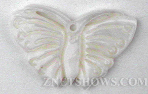 shell - white  butterfly Pendants <b>22x13mm</b> carved    per   <b>Piece</b>