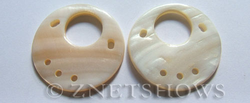 shell - white  donut Pendants <b>40mm</b>  with five hole   per   <b>Piece</b>