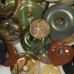 Other Stones & materials -  mixed stone donut Pendants <b>About 20 to 45mm</b>  (Average about 22 to 26 pieces per 8 ounces bag)   per   <b>8 ounces bag</b>