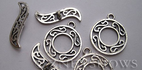 BM Toggle Clasps <b>27x23mm</b> Antique Silver Tone  per   <b>3-set-bag</b>