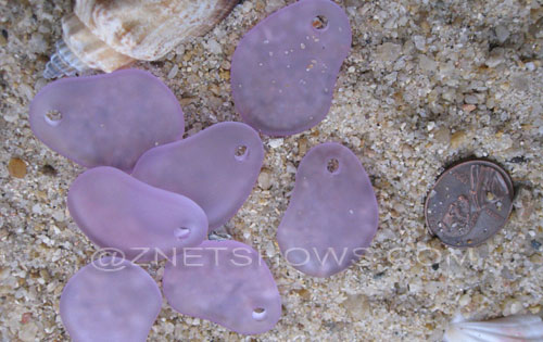 Cultured Sea Glass small freeform curved Pendants  <b>26x18mm</b> 39-Periwinkle Changes    per  <b>7-pc-bag</b>