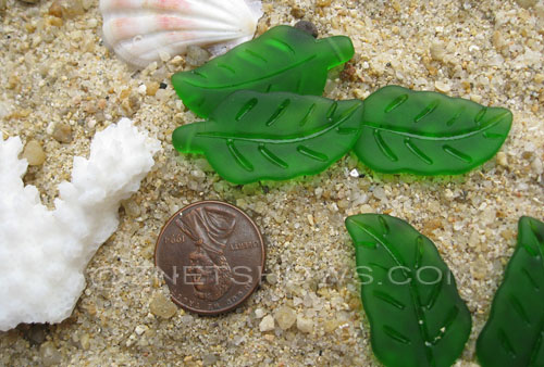 Cultured Sea Glass leaf Pendants  <b>33x17mm</b>  25-Shamrock    per  <b>5-pc-bag</b>
