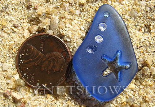 Cultured Sea Glass carved Pendants  <b>32x20mm</b> 33-Royal Blue Carved starfish, rhinestone may come off, to be discontinued, 50% discount has been applied, no returns   per  <b>1-pc-bag</b>