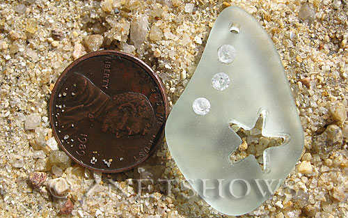 Cultured Sea Glass carved Pendants  <b>32x20mm</b> 88-Light Aqua `Coke` bottle Seafoam Carved starfish, rhinestone may come off, to be discontinued, 50% discount has been applied, no returns   per  <b>1-pc-bag</b>