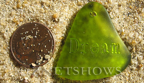 Cultured Sea Glass engraved Pendants  <b>32x31mm</b> 22-Olive flat freeform shape engraved or etched inspirational characters with `dream`   per  <b>1-pc-bag</b>