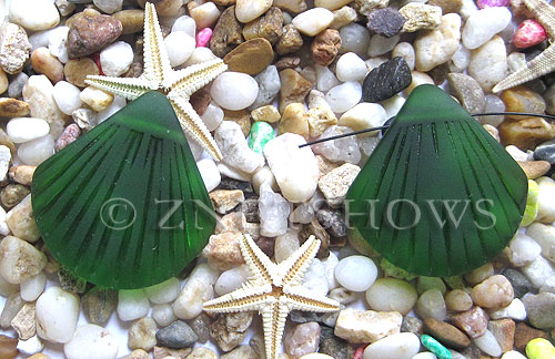 Cultured Sea Glass shell Pendants  <b>30x28mm</b> 25-Shamrock    per  <b>10-pc-bag</b>