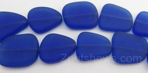 Cultured Sea Glass freeform flat Beads  <b>18-22mm</b> 33-Royal Blue (4-inch-strand)   per  <b>5-strand-hank</b>