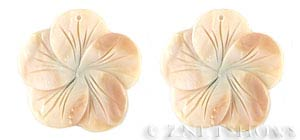 shell - natural color  flower Pendants <b>40mm</b>     per   <b>Piece</b>