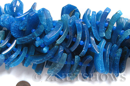 agate  tusk Beads <b>about 20x10mm-40x16mm </b> arch,blue color, long strand with over 50 pcs    per   <b> 15.5-in-str </b>