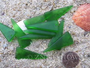 Cultured Sea Glass shield Pendants  <b>37x15mm</b>  25-Shamrock    per  <b>10-pc-bag</b>